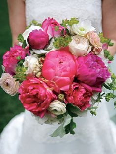 peony bouquet.... @Ashlyn Berroth an idea... Smell great and really pretty in person :)