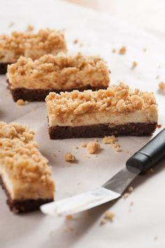 Tiramisu Cheesecake, Cake Recipes, Dessert Recipes, Brownie Bar, Arabic Food, Cakes And More, Cheesecakes, Cake Cookies, Cookie Dough