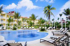 Gran Bahia Principe Esmeralda   Punta Cana, Republique Dominicaine  Un hôtel de style colonial décoré de façon exquise avec de magnifique chambre très luxueuse exclusive à la Collection Don Pablo.