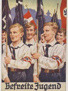 """German WW2 """"Hitler Youth"""" Befreit, ja vom selbstständigen Denken und gezwungen zum Kadaver Gehorsam. Unter den Logos der S Rune und des NSDAP Harkenkreuzes"""