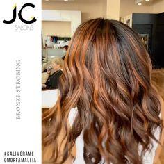 Copper Balayage Brunette, Auburn Hair Balayage, Balayage Hair Caramel, Hair Color Auburn, Red Hair With Highlights, Bronze Highlights, Lightening Dark Hair, Lighten Hair, Bronze Hair