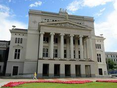 The Opera House, Riga, Latvia - www.ladyofthemess.fi/2015/08/riika-ronttaliisa-baltian-pariisissa.html