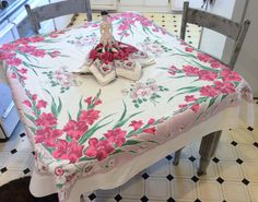 Vintage Tablecloth & Napkins Gorgeous Gladiola by unclebunkstrunk