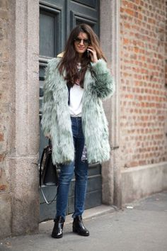145 winter outfit ideas to take straight from the streets of Milan Fashion Week: