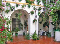 Los Patios de Córdoba en Mayo -Patio San Basilio 22