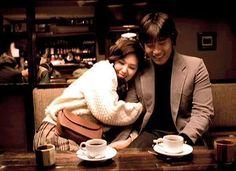 번지 점프를 하다 (Bungee jumping of their own) directed by Kim Dae-seung