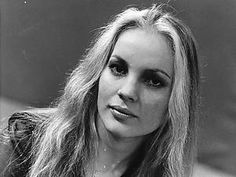 Chi Coltrane, Canadian singer and very popular in Europe in Artistes Musicaux Meditation Exercises, Primary Care Physician, Dealing With Stress, Healthy Oils, I Icon, Look In The Mirror, Brigitte Bardot, Best Diets, How To Do Yoga