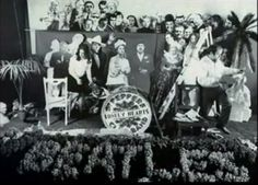To the uttermost right you see an unknown person who in the final shot ended up behind Sonny Liston Beatles Album Covers, Beatles Albums, Sgt Pepper Cover, Paul Is Dead, Beatles Sgt Pepper, Beatles Love, Peter Blake, The Monkees, Lonely Heart