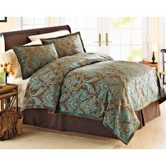 Illustration of Teal and Brown Bedding Product Selections