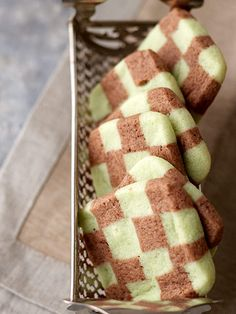 To make these Chocolate-Mint Checkerboard Cookies, press two flavors of dough together before baking. More pretty patterned cookies: http://www.bhg.com/christmas/cookies/pretty-patterned-cookies/?socsrc=bhgpin110412mintcheckercookies#page=4
