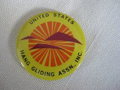 Vintage US Hang Gliding ASSN. Button by VintageByThePound on Etsy, $8.00