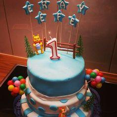 für meinen Sohn zum 1. Geburtstag Birthday Cake, Desserts, Food, My Son, Pies, Tailgate Desserts, Deserts, Birthday Cakes, Essen