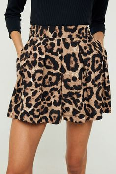 Ring Leader Leopard Print Pleated High Waist Shorts Leopard Print Outfits, Leopard Print Fabric, Leopard Print Shorts, Leopard Dress, Pleated Shorts, High Waisted Shorts, Printed Skirts, Wholesale Clothing, Fashion Prints