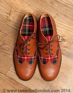 Examples of brogues that we are making for our clients. Choose any tweed or tartan along with many choices and colours of leathers. Simply stunning and unique.