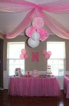 PINK PARTY / 3 tissue paper pom poms/3 paper lanterns / Baby Shower, Birthday…