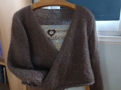 Gilet Mohair, Pulls, Hui, Knitting, Womens Fashion, Gilets, Points, Tejidos, Breien