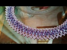 NM Bijoux - Pulseirinha de Pérolas - passo a passo - YouTube Jewelry Knots, Bead Jewellery, Beading Tutorials, Beading Patterns, Beaded Jewelry Designs, Necklace Tutorial, Embroidery Jewelry, Bead Weaving, Creations