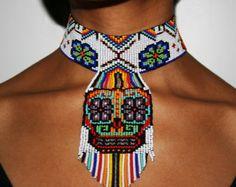 Collar Huichol por BiuluArtisanBoutique en Etsy