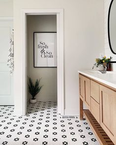 Who else is starting the year with a fresh mindset? 🙌 Design + Build by @foxhomesmn. ​Photo by @hellorefuge.