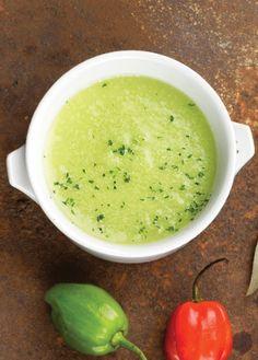 Receta para preparar picosa salsa de habanero, te va a encantar. Revista Cocina Vital tiene muchas recetas de salsas y platillos que vas a querer preparar.