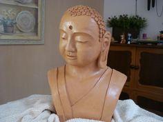 Buda - modelagem em argila.