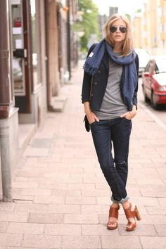Get this look (blazer, jeans, scarf, sandals, sunglasses) http://kalei.do/WBFeKVoRj4y4Cy6I