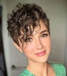 Looking for different hair styles for your short, wavy hair? You are in the right place! Do not worry about having short hair! You can put your short wavy. Curly Pixie Hairstyles, Curly Hair Styles, Curly Hair Cuts, Curly Bangs, Curly Short Hair Cuts For Women, Pixie Wavy Hair, Short Curly Pixie, Hair Bangs, Pixie Haircuts