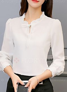 Swans Style is the top online fashion store for women. Blouse And Skirt, Blouse Outfit, Fall Fashion Outfits, Fashion Dresses, Classy Outfits, Casual Outfits, Korean Blouse, Designs For Dresses, Office Outfits
