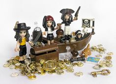 Let's be pirates! Pirates' life for Friends. By Jemppu M on Flickr