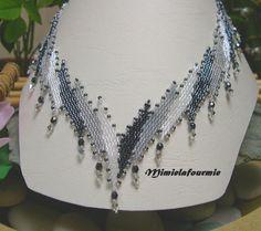 Collier tissage Peyote perle Miyuki appelé Mimic Fine Blanc Gris Hématite + Crystal Swarovski