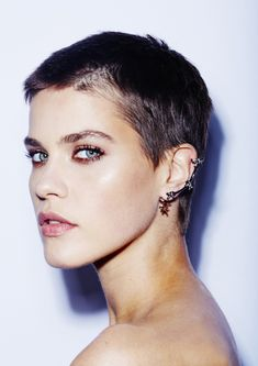 Kris Gottschalk Brunette Cropped Hair                              …
