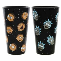 Rick and Morty Exclusive Pint Glass Set - Rick and Morty Heads: Need more Rick and Morty in your life? Then this pint glass set is for you! This set features 2 glasses with various Rick heads on one and various Morty heads on the other. Rick And Morty Head, Rick And Morty Merch, Rick Und Morty, Rick And Morty Poster, Gadgets And Gizmos, Cool Gadgets, Ricky Y Morty, Personalized Beer Glasses, Stoner Art