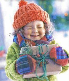 Petite fille au cadeau