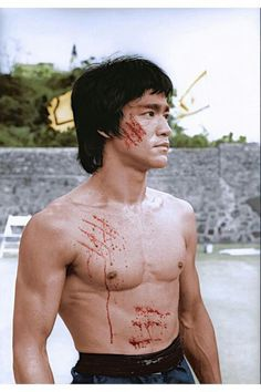 ♡♥Bruce Lee in his 'Enter the Dragon' movie in 1973♥♡