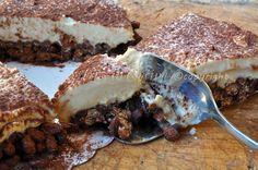 Cheesecake al tiramisu e nutella con riso soffiato
