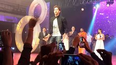 Hrithik Roshan performing live in Bangalore at SMG