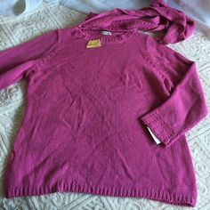 Sweater with matching scarf Beautiful pink sweater by Kim Rogers Kim Rogers Sweaters Crew & Scoop Necks
