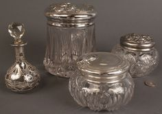 Silver and glass containers | Lot 546: Silver and glass vanity items, 4 pcs | Case Antiques