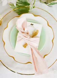 gold & pastels | photo white loft studio