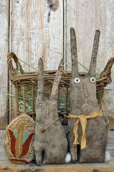 Springtime Basket - Primitive Bunnies $9.00