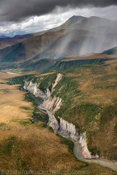 Hammond River Canyon, Gates of the Arctic National Park, Brooks range mountains, Alaska.