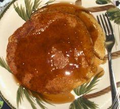 Mug cake gingerbread mug - HQ Recipes Gluten Free Recipes, New Recipes, Holiday Recipes, Applesauce Pancakes, Mugcake Recipe, Bacon Breakfast, Gluten Free Living, Spiced Coffee, Quick Easy Meals