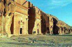 Mada'in Saleh - Al-Hijr, La Petra de Arabia Saudi Site Archéologique, Monuments, Archaeological Site, Saudi Arabia, Ancient History, Ancient Ruins, World Heritage Sites, Archaeology, Middle East