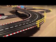Mustang race track with hand generator. Running and racing. No battery / no plug. Lighted wheels. 3.8 meters super cool racing track.