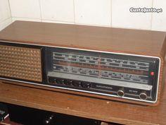 Radio muito antigo