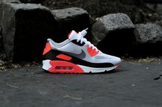 "Nike Air Max 90 Hyperfuse ""Infrared"" (US Release)"