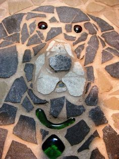 Easy DIY Garden Stepping Stones - Easy DIY Garden Stepping Stones The Effective Pictures We Offer You About urb - Mosaic Stepping Stones, Pebble Mosaic, Pebble Art, Mosaic Art, Mosaic Glass, Stone Mosaic, Stained Glass, Mosaic Walkway, Stone Walkway