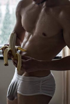 "hung-muscular-hunks: "" FOR HOT MUSCULE HUNKS - FOLLOW ME http://hung-muscular-hunks.tumblr.com/archive "" GUYT♂PIA"