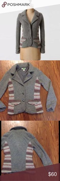 "ANTHROPOLOGIE ETT TWA GRAY CHINLE SWEATER BLAZER $138 ANTHROPOLOGIE ETT TWA GRAY CHINLE SWEATER BLAZER SIZE XS  ANTHROPOLOGIE BY ETT TWA, CHINLE CARDIGAN Sweater Blazer, or jacket. GRAY MULTI, 2 BUTTON DOWN FRONT, PATTERNED SIDE PANELS AS WELL AS FLAPS ON FRONT POCKETS, LONG SLEEVES WITH VERTICAL ELASTIC SO YOU CAN PUSH SLEEVE END UP , FULLY LINED, HAND WASH, IMPORTED  DESERT-HUED KNIT INSETS WARM ETT TWA'S SOFT, HEATHERY WOOL BLAZER'  Full Length is 22""  Bust across 17""  Waist across 15.5""…"
