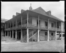 Olivier Plantation 4111 Chartres St New Orleans Louisiana 1938 Photo Abandoned Plantations, Louisiana Plantations, Abandoned Churches, Abandoned Places, Abandoned Mansions, Louisiana History, Louisiana Gumbo, Louisiana Homes, New Orleans History